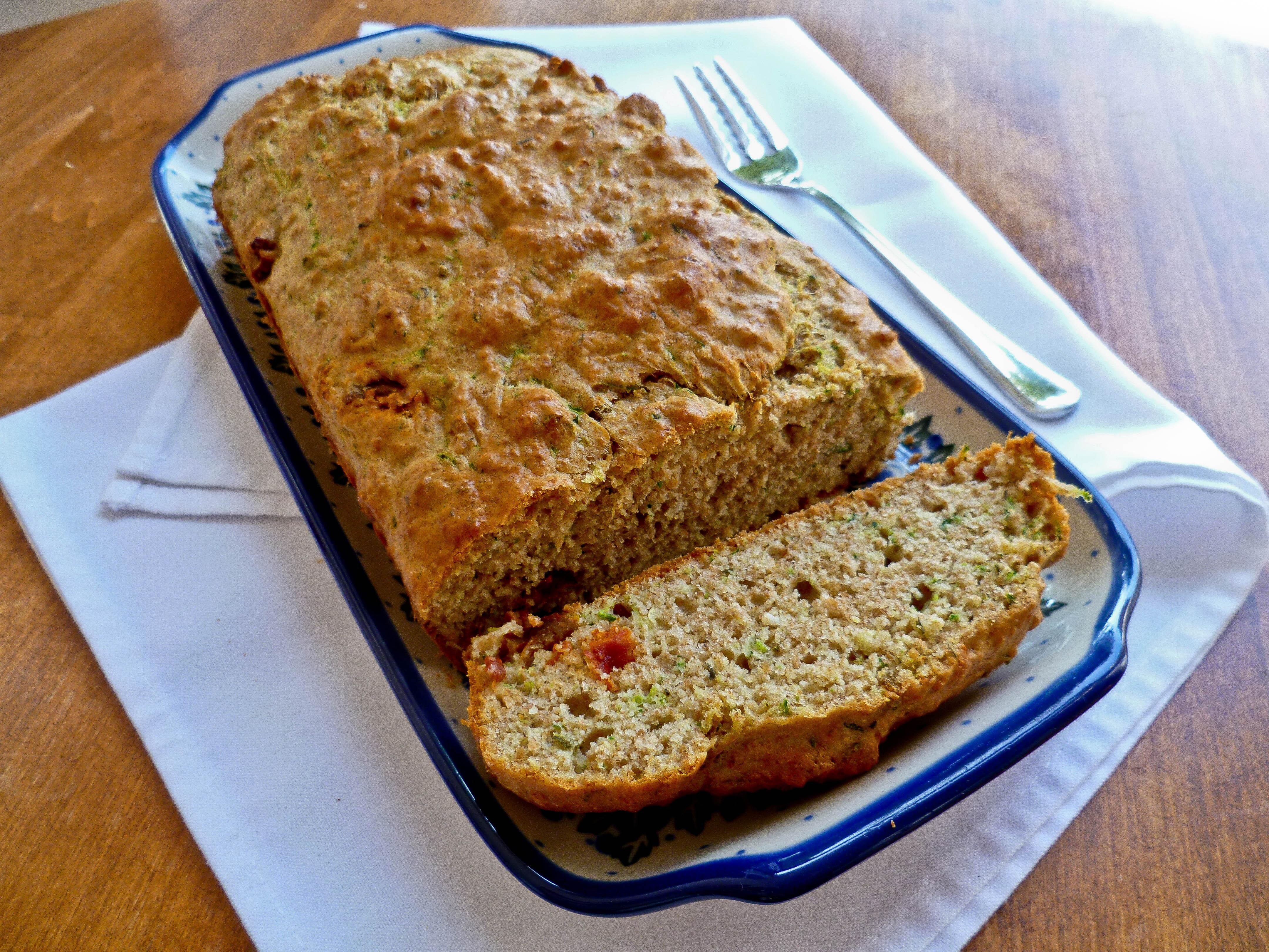 Whole Wheat Sun-Dried Tomato and Zucchini Bread