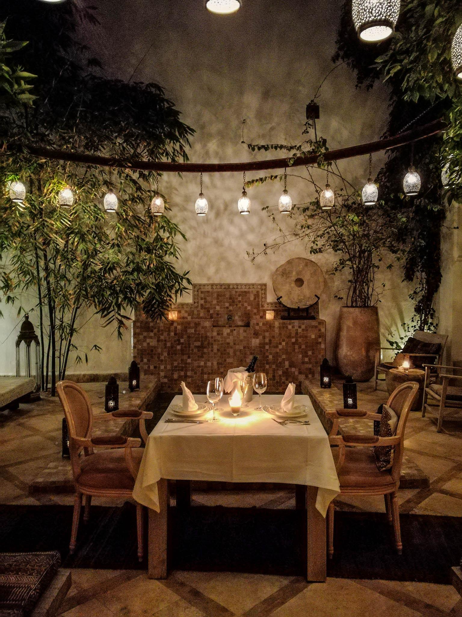 Riad Dyor Dining ~ ConfusedJulia