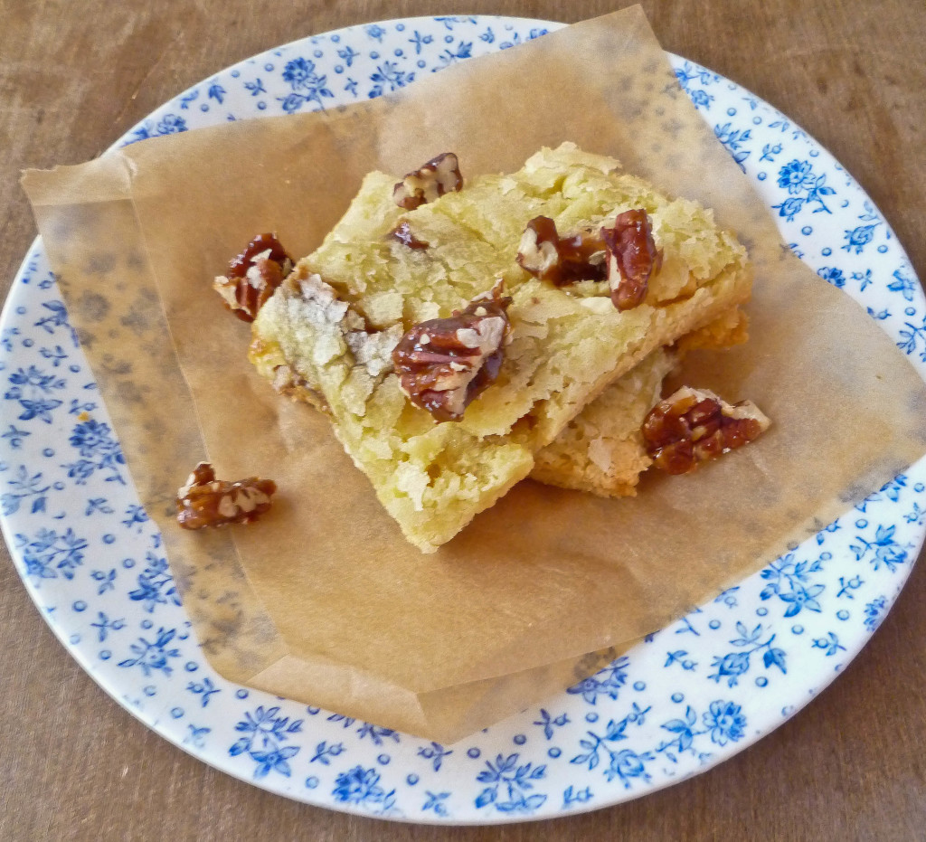 Caramelized Pecan and White Chocolate Blondies | Confused ...