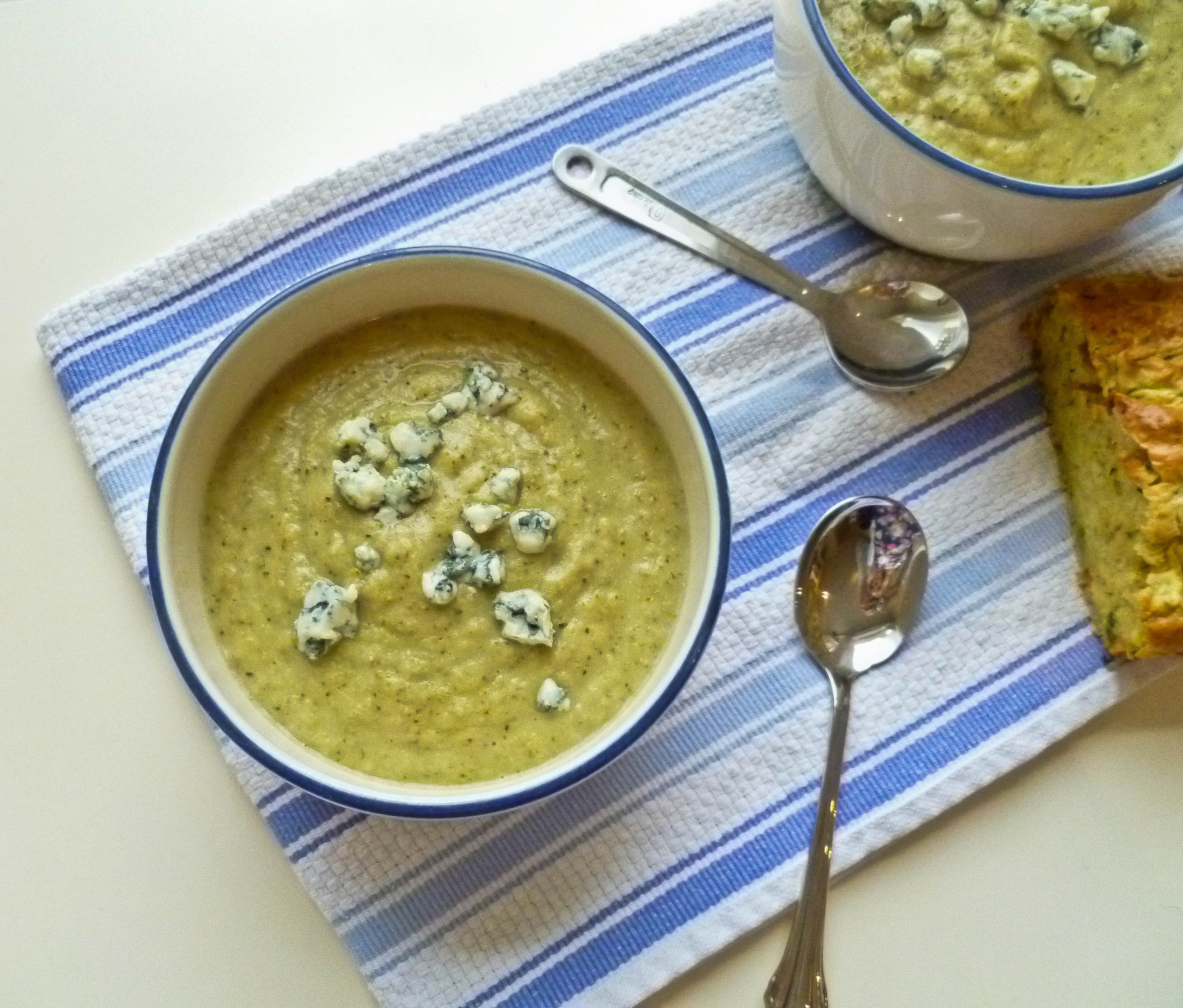 Slow Cooker Broccoli and Blue Cheese Soup
