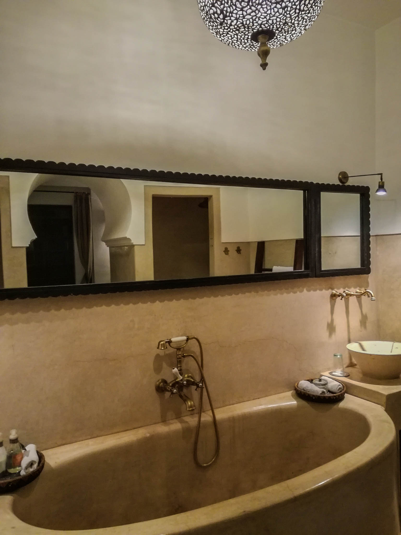 Riad Dyor Marrakech Bathroom ~ ConfusedJulia